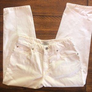LL Bean White  Classic Fit Capri Jeans